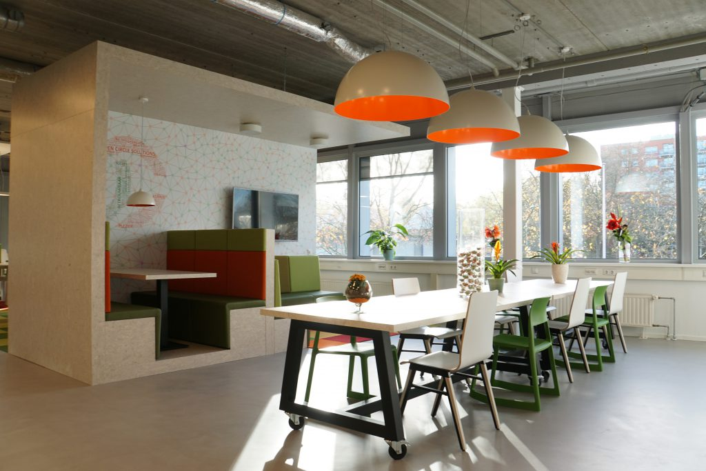 Open circle solutions, Eindhoven